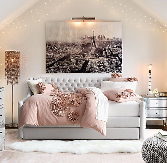 Chic Misfits & Breaking Design Rules: 14 Creative Bed Ideas - Chic Misfits