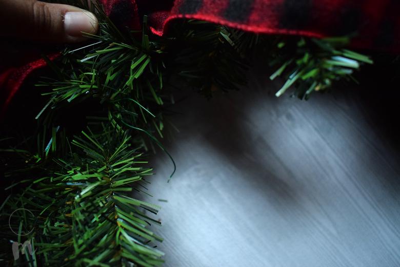 DIY Christmas Wreath wire