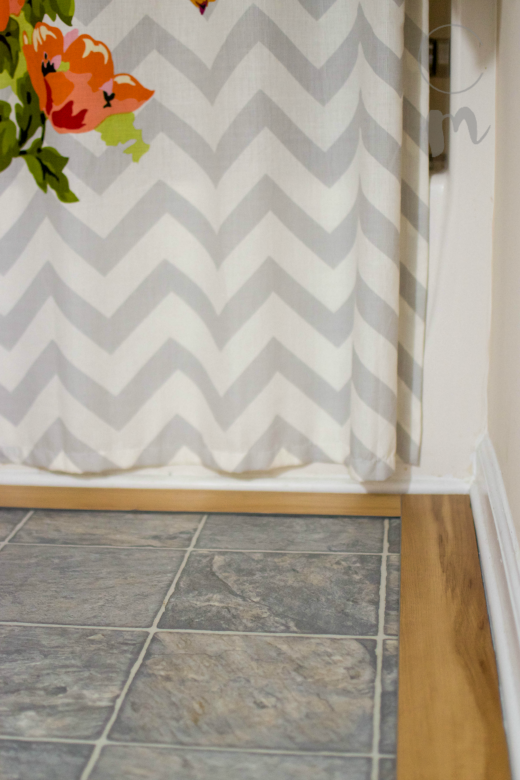 Wood tile border