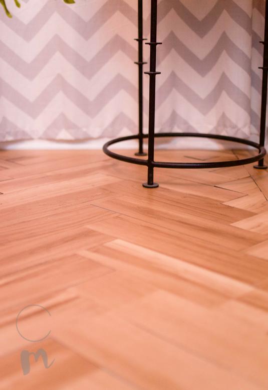 Diy Temporary Flooring A Herringbone Wood Tutorial Chic Misfits