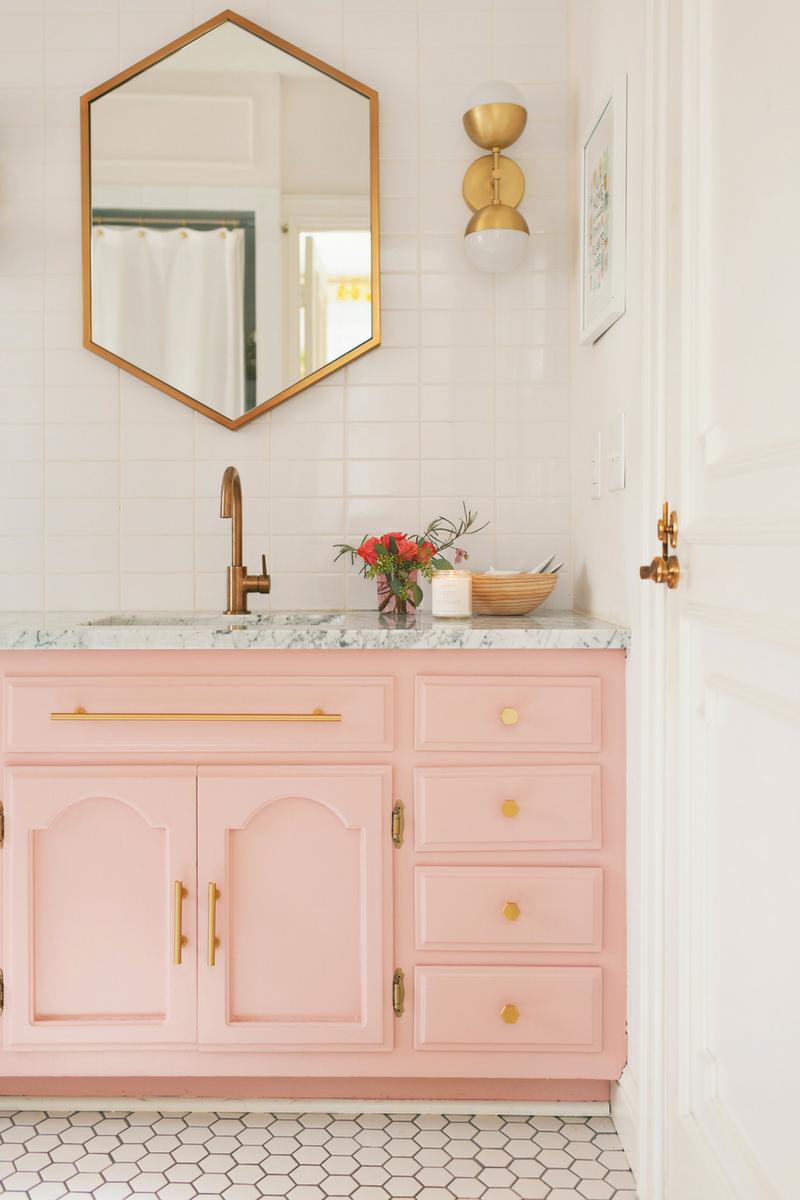 Pink Rooms Bathroom