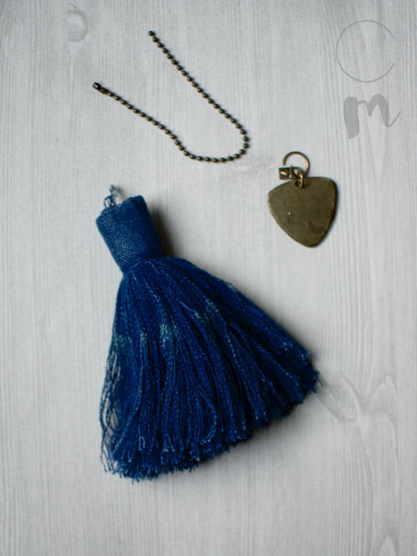 DIY Denim Tassel Using Jeans